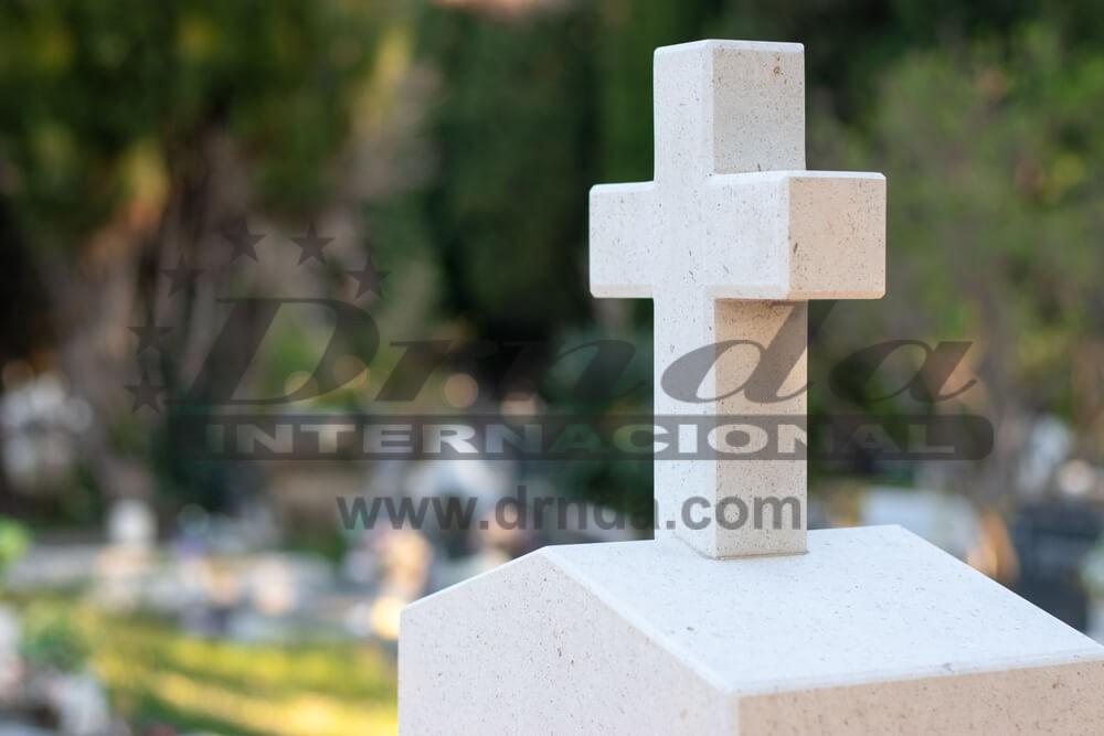Obeležja na nadgrobnim spomenicima